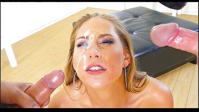 პორნო ვარსკვლავი  ქერა, სექსოაზი ელეგანტური, მაშინ, filth და შემდეგ slingshot მისი სახე.